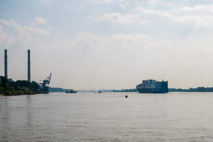 Hamburg set to see more ULCV calls as Elbe 'passing box' is completed